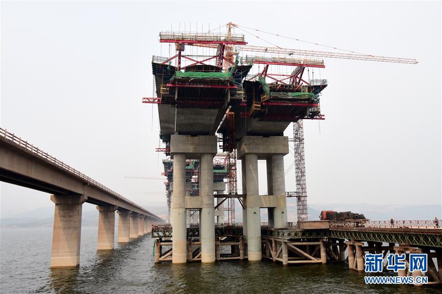渑垣黄河特大桥加紧建设 连接晋豫两省重要高速通道